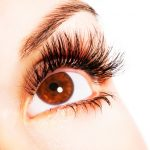dark eyes have risks of cataract