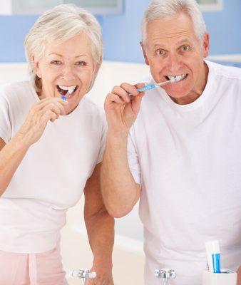 Gum disease symptoms that increase risk of heart disease