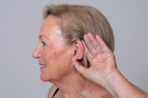 hearing loss affects brain health