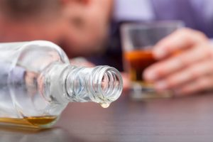 Virtual reality therapy to treat alcohol addiction