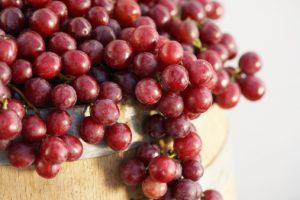 Nutrition and health benefits of red grapes