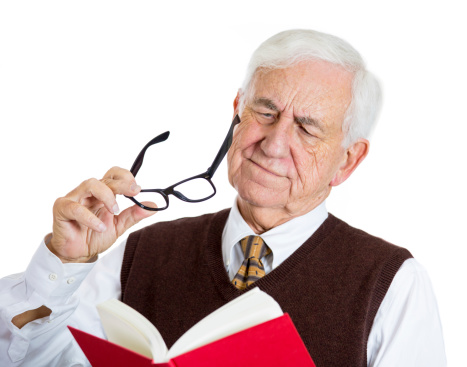 Symptoms and prevention of macular degeneration