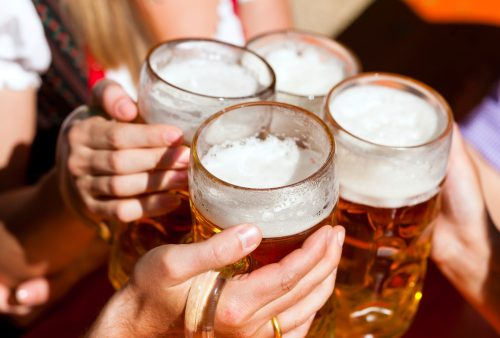 Moderate beer consumption in women linked with lower heart attack risk