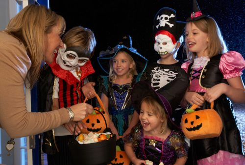 Tips to serve healthier Halloween treats