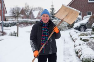 Safe ways to clear snow this winter