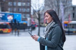 Distracted walking a serious problem: Study