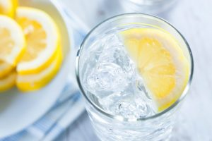 lemon water helps digestion