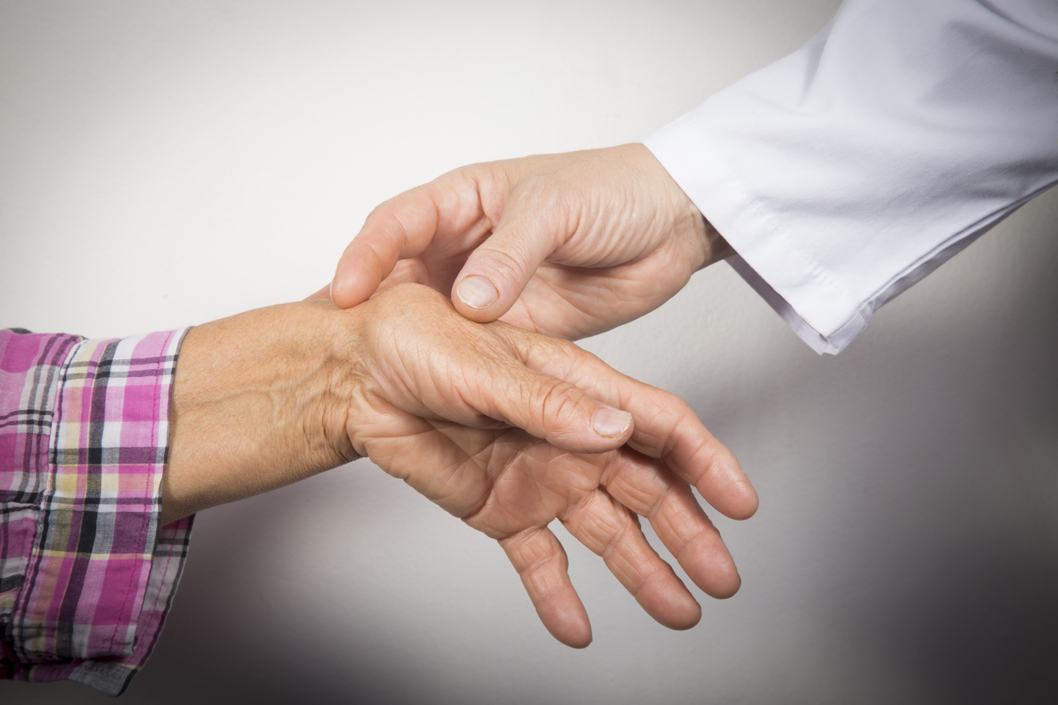chronic arthritis and health Greater availability of health-related quality-of-life measures, an outcome of growing interest by the public, will be important in order to better monitor nonfatal, but chronic, disabling conditions such as arthritis, osteoporosis, and chronic back conditions.