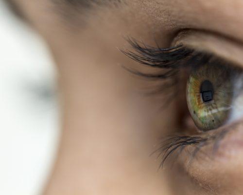 Rare-eye-inflammation-linked-with-chickenpox-shingles-vaccine