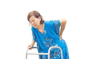 back-pain-in-seniors-helped-with-mindfulness