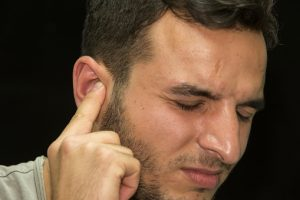 Clogged ears reduce hearing capacity, natural remedies help unclog ears