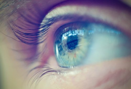 Ocular syphilis can occur at any stage of syphilis, may cause blindness