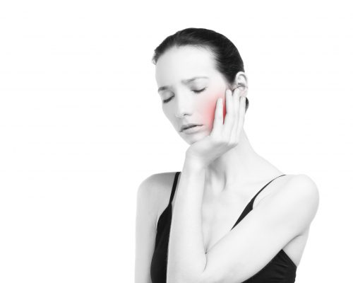 Rheumatoid arthritis (RA) and periodontitis share pathogenic mechanisms, which may trigger arthritis onset