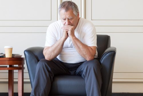 Dementia alzheimers disease risk in elderly depression symptoms closely linked