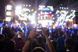 Hearing loss linked to loud concerts, prevented with earplugs