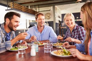 Eating in bright light promotes healthy choices