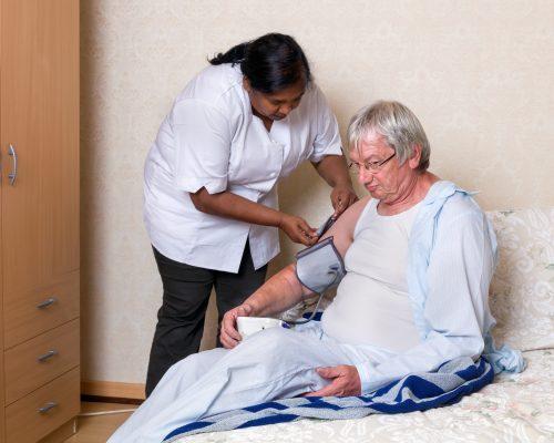 Alzheimer's disease, dementia risk increases with weaker heart function