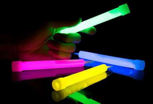 glow-sticks-post-health-threat