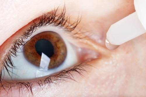 Dry eyes signs