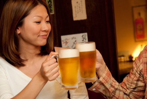 Heavy drinking hurts lungs: Study