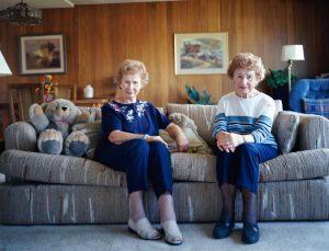 Twins live longer than single-born people