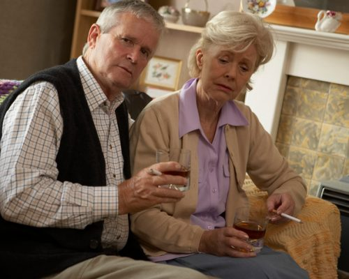 Cognitive decline in old age linked to smoking and heavy drinking: Study