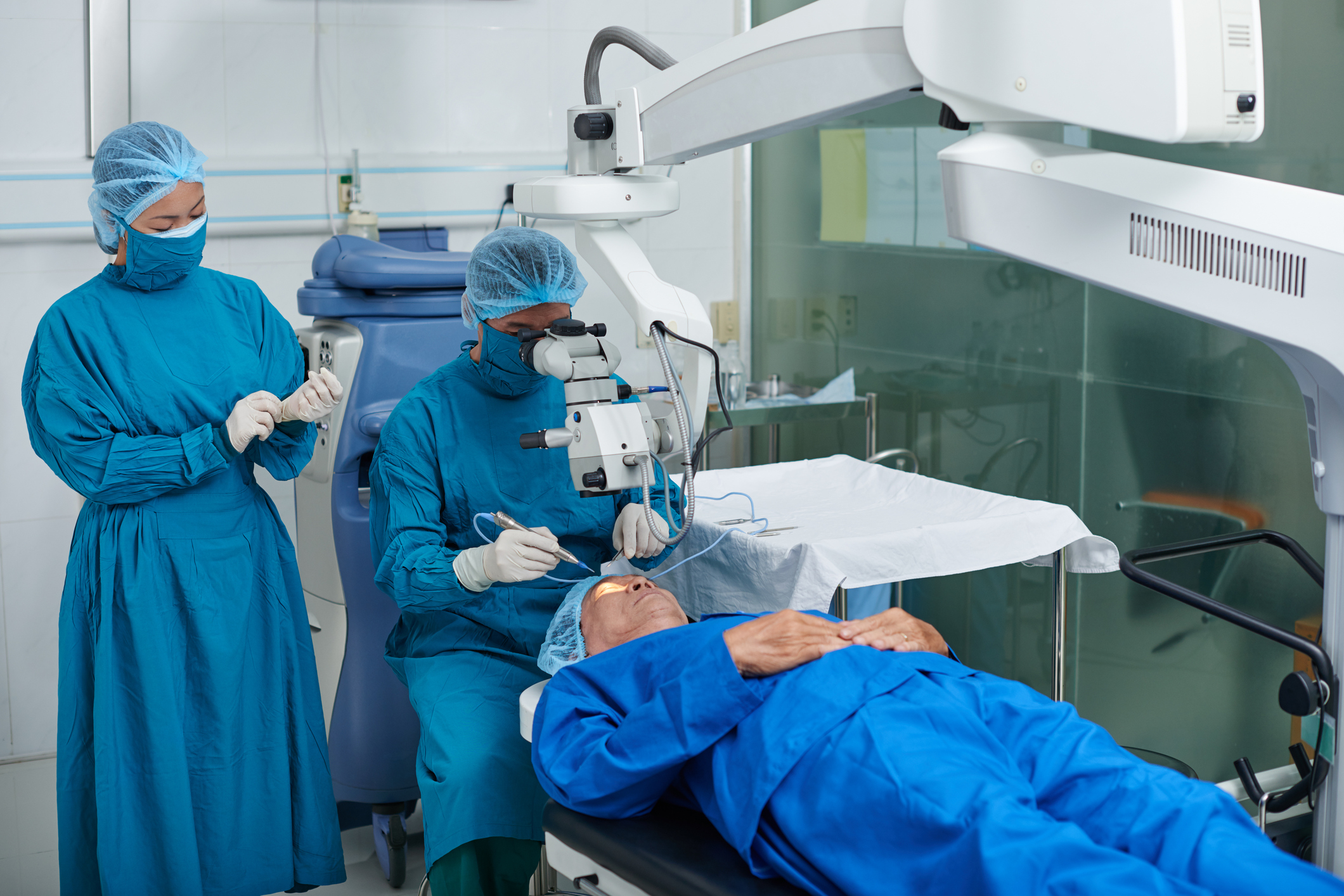 cataract surgery tips for a speedy recovery