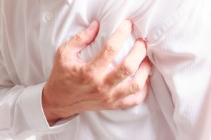 heart attack and left arm pain