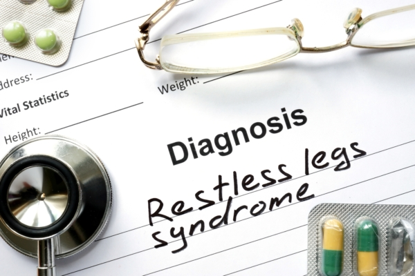 In Parkinson's disease patients, movement disorder more likely than restless leg syndrome