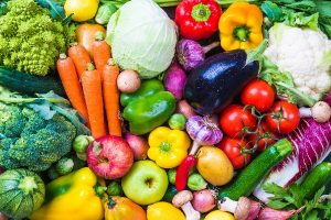 Myocardial infarction risk in women may be reduced with antioxidant-rich diet of fruits and vegetables