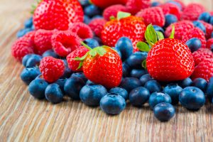Eating strawberries and blueberries may help prevent age-related memory loss, heart attacks: Study