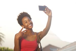 Taking a selfie makes you happier