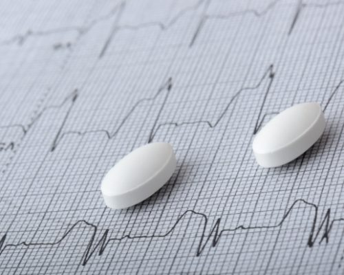 First heart attack or stroke risk decreased in patients using cholesterol lowering statins: Study