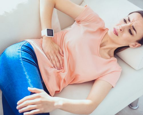 Stomach spasms (abdominal muscle spasm): Causes and symptoms