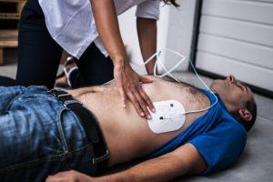 Sudden cardiac arrest: Causes, risk factors, and symptoms