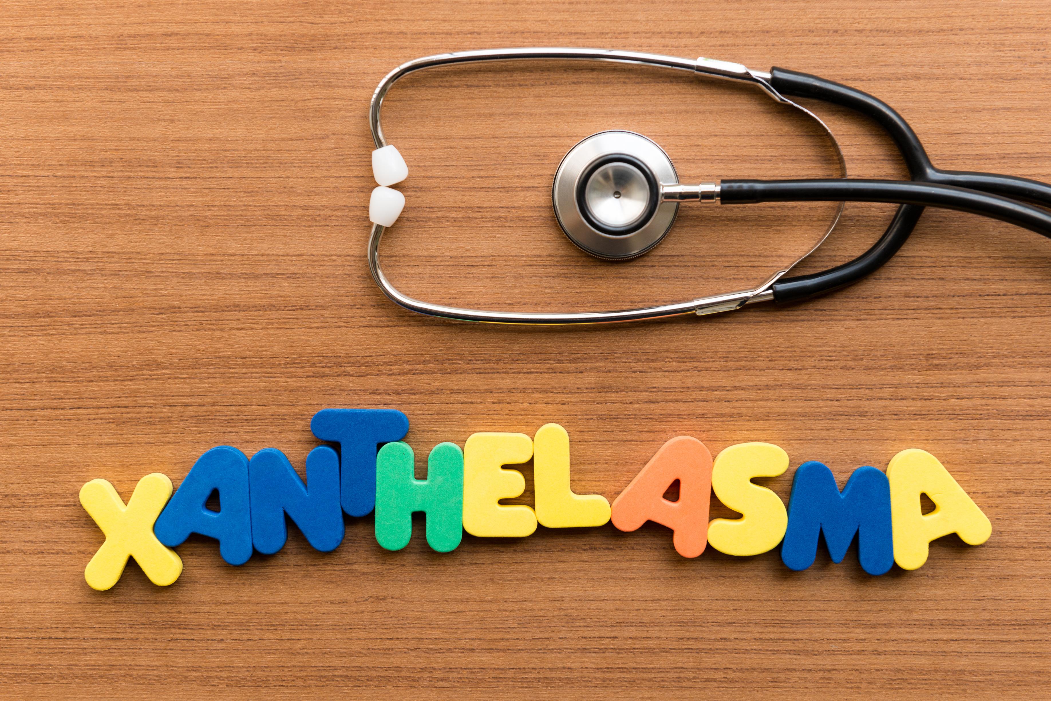 xanthelasma choelsterol deposits around the eyes