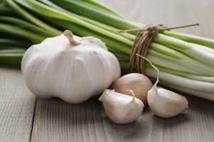 garlic-onions-foods-for-strong-immune-system