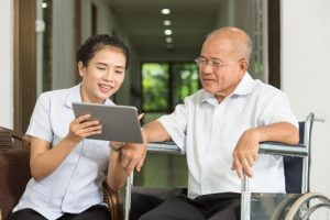 Anxiety in dementia patients effectively managed with tablet devices: New study