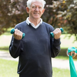 Regular exercise in seniors reduces risk of serious mobility problems