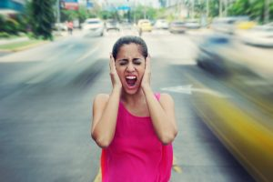 City noise associated with hearing loss