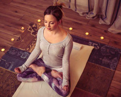 regular yoga reduce symptoms of depression