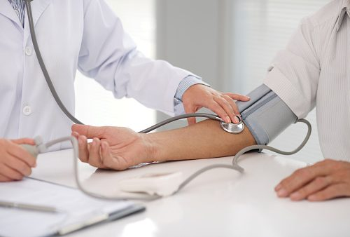 whar causes high blood pressure