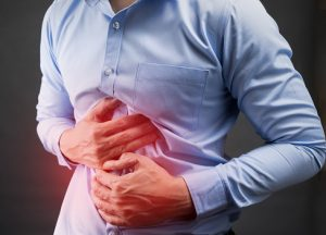 Lower abdominal pain in men: Causes and treatment tips