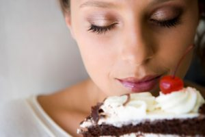 smelling cake