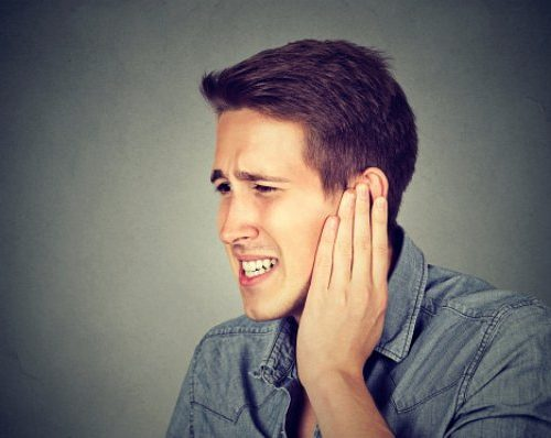 Fluttering in ear: Causes, symptoms, treatment and remedies