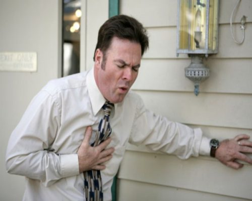 what can cause stabbing chest pains