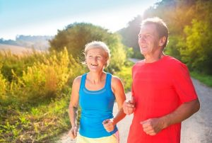 Longlife-Tipps &quot;width =&quot; 300 &quot;height =&quot; 202 &quot;/&gt; Die Forschung hat endlich die fünf besten Wege aufgezeigt, um Ihre Lebenserwartung um bis zu zehn Jahre zu verlängern in der Zeitschrift <em style=